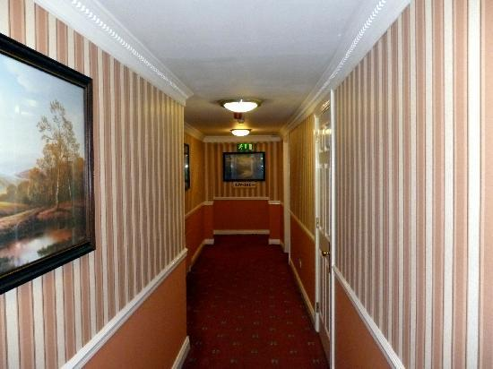 The Abbey Hotel: Hallway