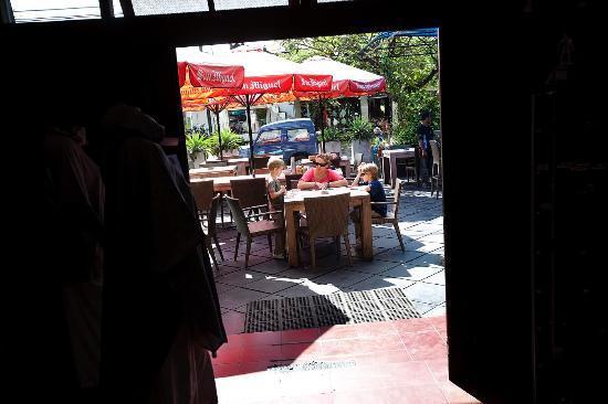 Santai Hotel: hygge i baren