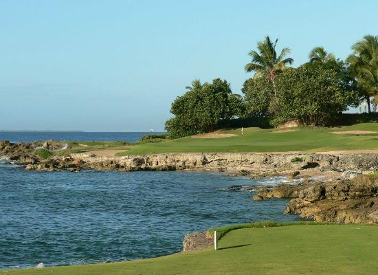 Casa de Campo Resort & Villas: 189 Yards, All or nothing!