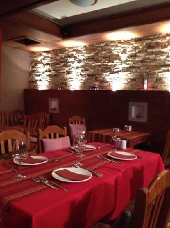 Istanbul Restaurant: dining room