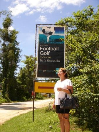 Samui Football Golf Club : Front
