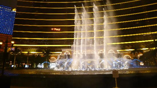 Wynn Performing Lake: Performing Lake at Wynn(9)