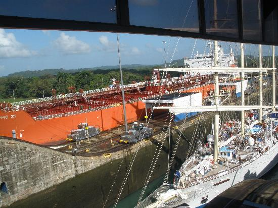 Patty's Casitas: The Panama Canal must be seen!