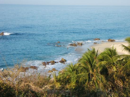 Posada Real Puerto Escondido: view from hotel grounds