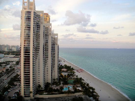 Doubletree Resort Spa By Hilton Ocean Point North Miami Beach View