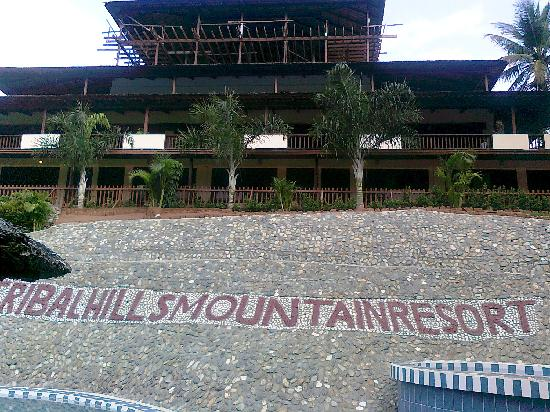 Tribal Hills Mountain Resort: the roof deck is still under construction..
