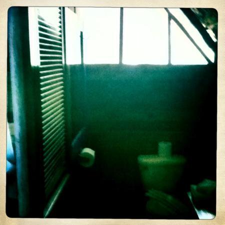 Nueva Vida de Ramiro: Toilette
