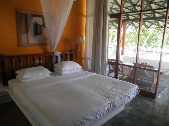 Club Villa: Our room