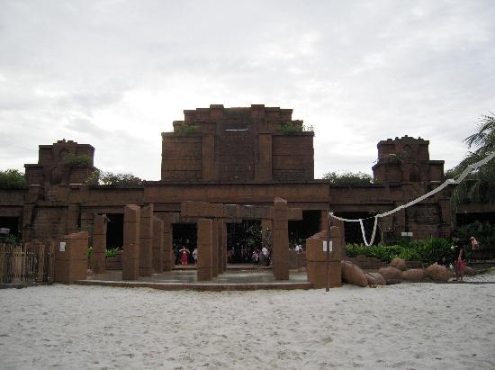 Lost World Of Tambun: Entrance view from inside