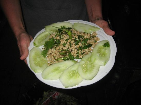 Rivertime Resort and Ecolodge: Larb kai, just one of the many options for a cooking lesson.