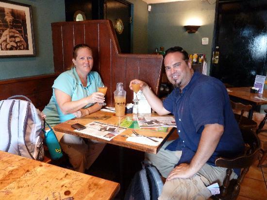 Swizzle Inn : Rum Swizzles!