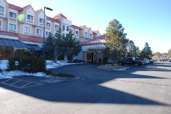 DoubleTree by Hilton Hotel Flagstaff: Parkplatz