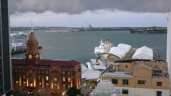 Mercure Auckland: Blick auf den Hafen vom Hotelrestaurant