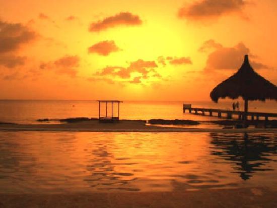 Villas Costa del Sol: Sunset at Costa Del Sol