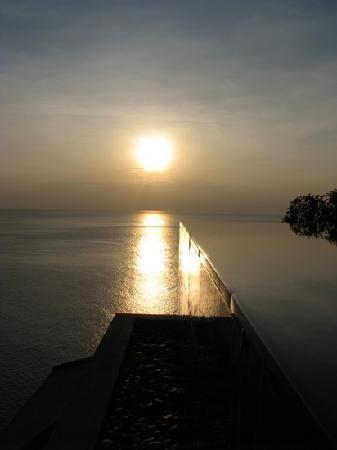 Paresa Resort Phuket: Sunset@ Cliff Villa, Paresa,Phuket