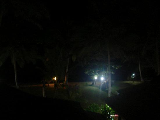 Plaloma Cliff Resort: Aussicht bei nacht