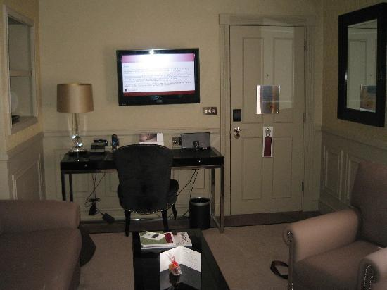 Cabina Armadio Nel Elektronik : Piccola cabina armadio picture of st. jamess hotel and club