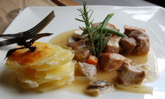 La Terrasse French Cuisine: porc à la bière