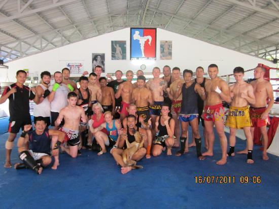 Jun Muay Thai Boxing Camp: Group pic