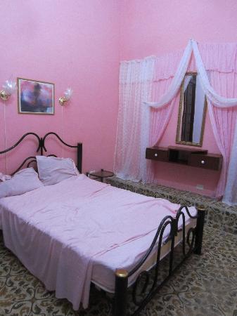Houses, Alexis and Mary No 1 and No 2: Camera da letto