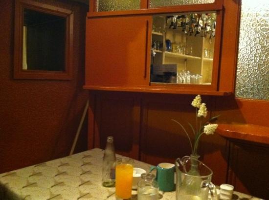 Allo's Restaurant, Bar & Bistro: the snug