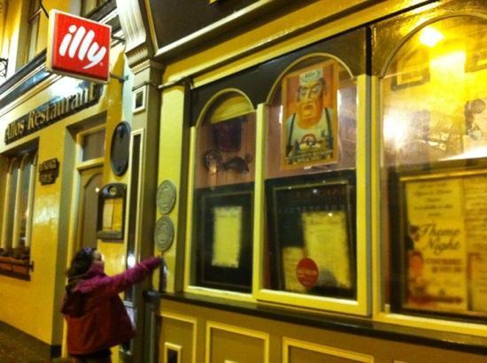 Allo's Restaurant, Bar & Bistro: street view