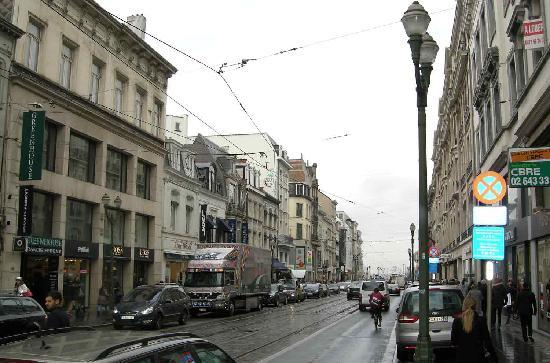 The north side of Avenue Louise
