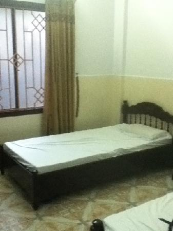 Thien Trung Hotel: bedroom