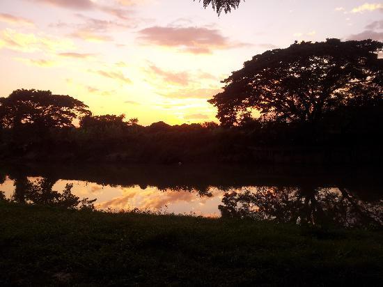 Baan Nam Ping Riverside Village: spezielle Sonnenuntergänge