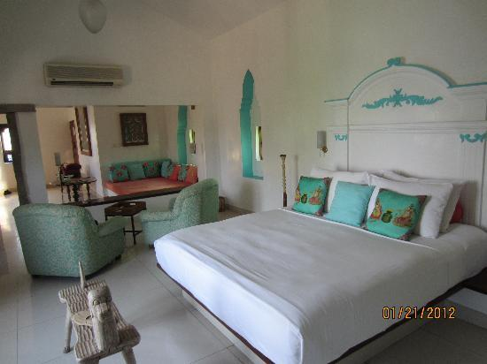 Purity at Lake Vembanad: Gorgeous rooms.