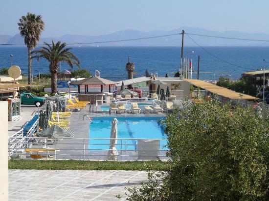 Niriides Beach Hotel: Sea View.