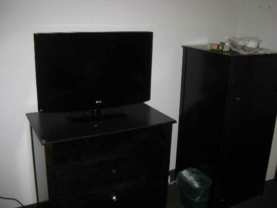 La Quinta Inn Kansas City North: Flat TV