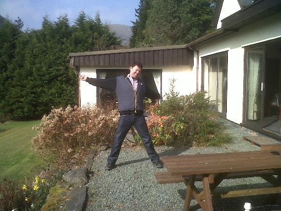 Dolbrodmaeth Riverside B&B: me posing on the rear terrace