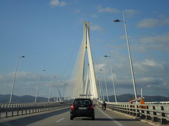 Antirrio, اليونان: Ponte Rion Antirion [ponte di Poseidone] - è il ponte strallato più lungo del mondo con i suoi 2