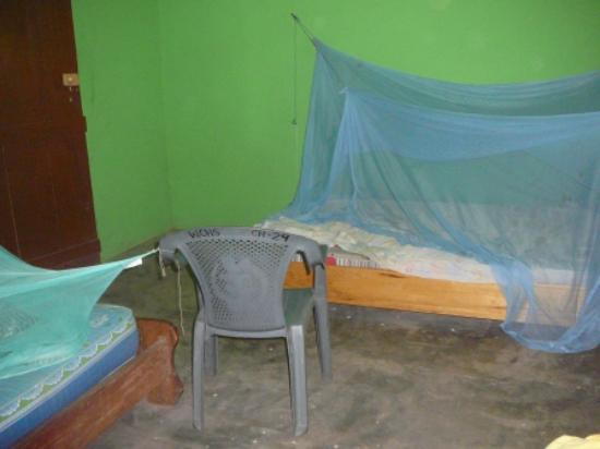 Wechiau Community Hippo Sanctuary : Modern accommodation, interior2