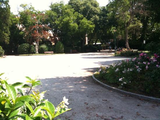 Veneziacentopercento B&B: giardini della biennale