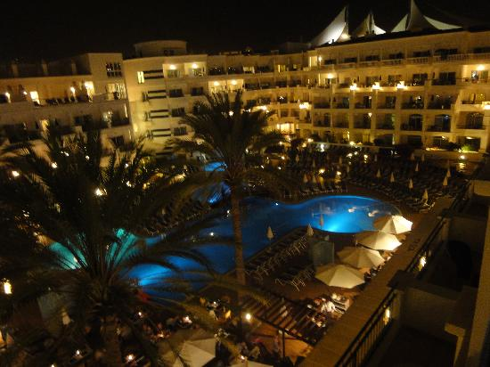 Fanabe, Ισπανία: Sunwing Resort Fañabe by Night