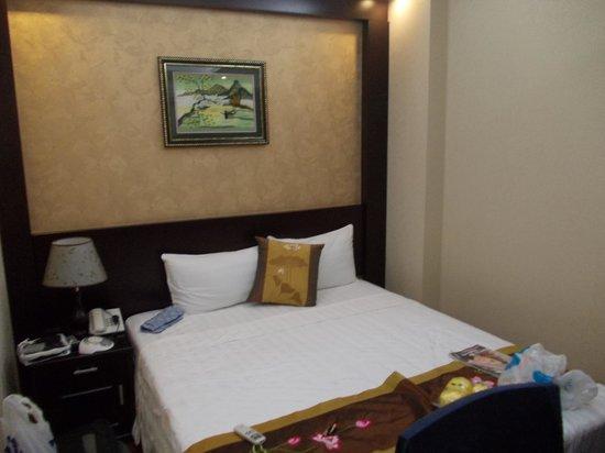 Pearl Suites Hanoi Hotel: my room