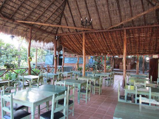 Hotel Selva Verde: Outdoor restaurant