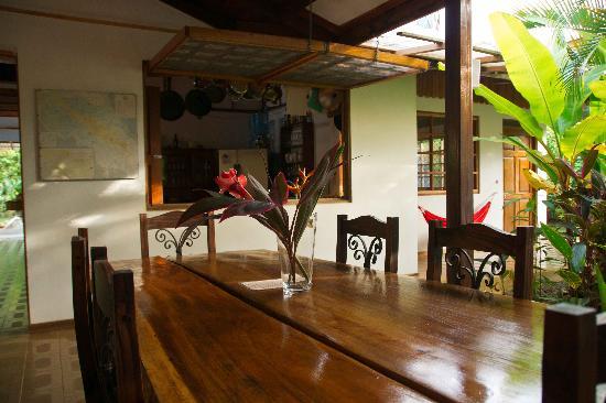 Hotel Pura Vida: Innenhof