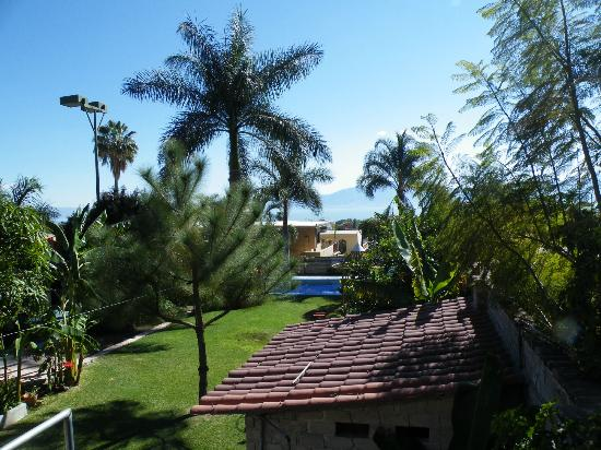 Casa de la Abuela: views onto garden, pool and scenery from our balcony