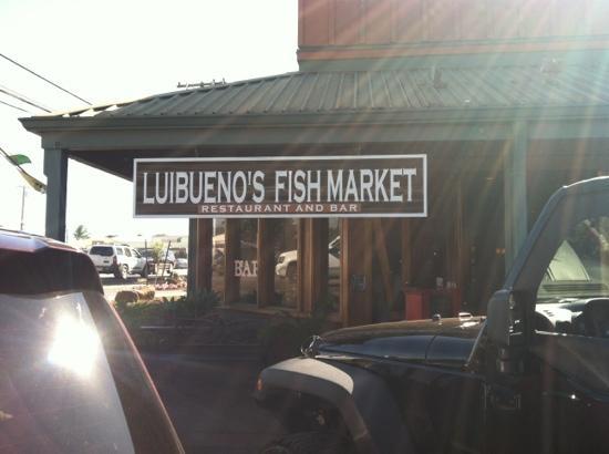 Luibueno's : お店前