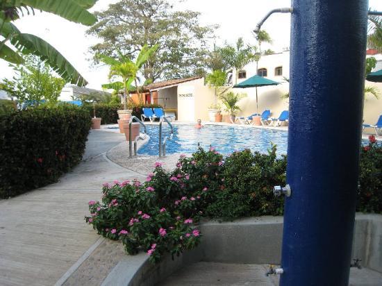 Paraiso del Pescador Hotel : pool was cold