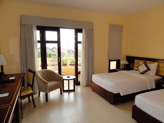 Eden Resort: Our nice room