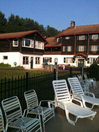Swiss Chalets Village Inn: the property