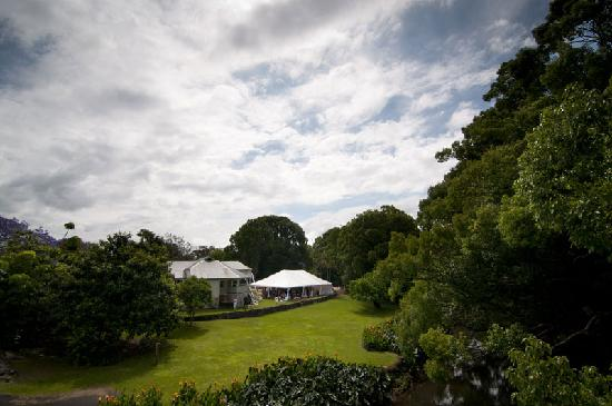 Bangalow Guesthouse: Garden marquee for weddings and parties