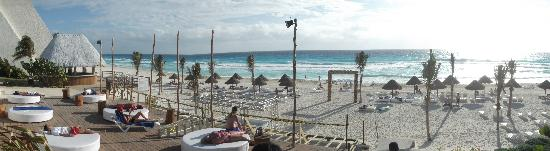 Grand Oasis Cancun Ibiza Beach Club