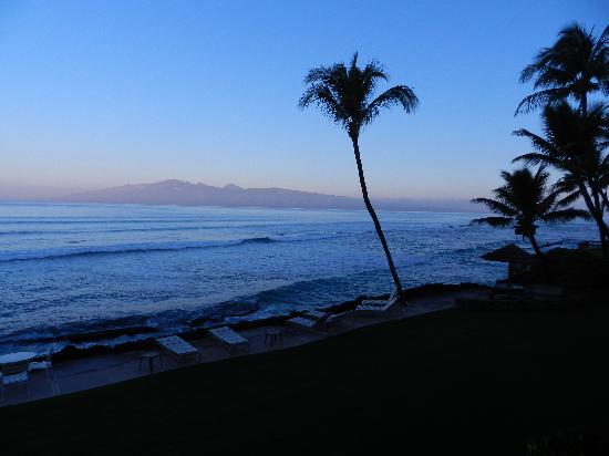 Kaleialoha Condominiums: view from patio