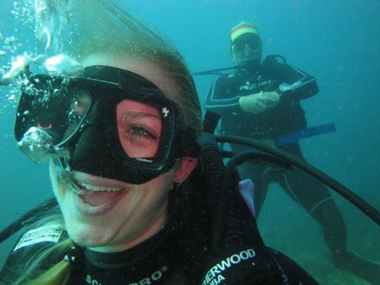 Galapagos Underwater : Very Happy ...