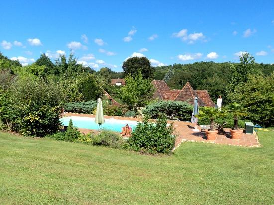 Le Noyer Résidence : giardino